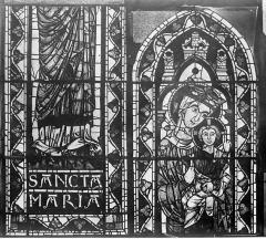 Cathédrale Saint-Etienne - Vitrail : Vierge à l'Enfant