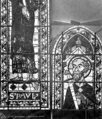 Cathédrale Saint-Etienne - Vitrail : saint Paul