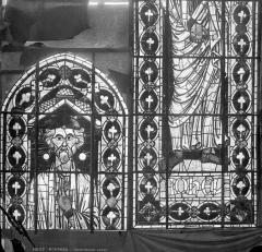 Cathédrale Saint-Etienne - Vitrail : Joël