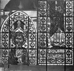 Cathédrale Saint-Etienne - Vitrail : saint Philippe