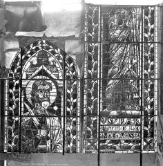 Cathédrale Saint-Etienne - Vitrail : saint Barthélémy