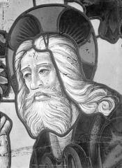 Cathédrale Saint-Etienne - Vitrail de la 1ère baie sud : tête du Père Eternel