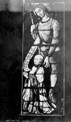 Cathédrale Saint-Etienne - Vitrail, 6e baie : donateur et son patron saint Michel
