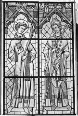 Cathédrale Saint-Etienne - Vitrail : saint Etienne