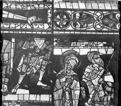 Cathédrale Saint-Pierre - Vitrail, baie B : figure et fragments d'ornementation