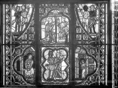 Eglise Saint-Pierre - Vitrail de saint Théophile