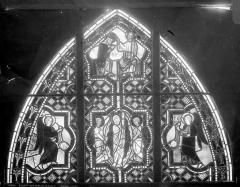 Eglise Saint-Pierre - Vitrail : Couronnement et Ascension de la Vierge