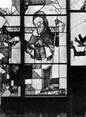 Eglise Saint-Pierre - Vitrail de sainte Foy