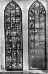 Eglise Saint-Pierre - Vitrail : La Vierge et Théophile