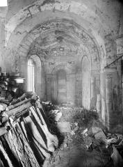 Eglise - Vue intérieure d'une chapelle