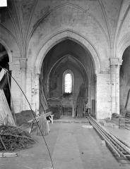 Ancienne église Saint-Laurent - Vue intérieure de la nef