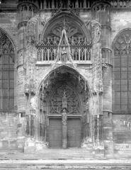 Eglise Saint-Nicolas - Portail de la façade sud