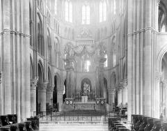 Eglise abbatiale Notre-Dame - Vue intérieure du choeur