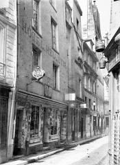 Maison dite de Nicolas Flamel - Façade sur rue : ensemble