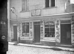 Maison dite de Nicolas Flamel - Façade sur rue : rez-de-chaussée