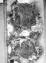 Maison dite de Nicolas Flamel - Détail de la façade : Personnage tenant un phylactère