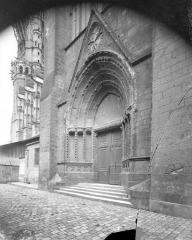 Cathédrale Saint-Gatien - Portail du transept sud