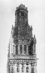 Cathédrale Saint-Gatien - Clocher sud : partie supérieure