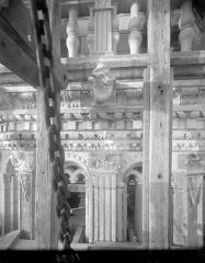 Cathédrale Saint-Gatien - Couronnement d'un clocher : corniches, pinacles, gargouilles