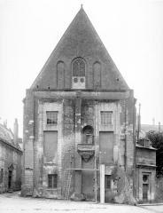 Ancien archevêché, actuellement musée des Beaux-Arts - Façade à grand pignon
