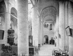 Ancienne abbaye Saint-Philibert - Eglise : vue intérieure du bas-côté nord