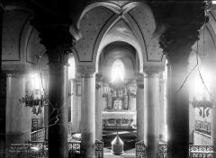 Eglise Notre-Dame-du-Port - Crypte : Vue intérieure du choeur