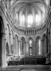 Eglise Saint-Maurice, anciennement cathédrale - Vue intérieure du choeur