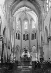 Eglise Saint-Pierre Saint-Paul - Vue intérieure du choeur