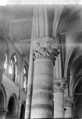 Eglise Saint-Pierre Saint-Paul - Chapiteaux de la nef
