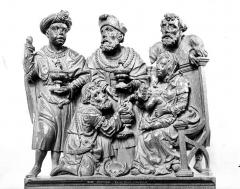 Eglise - Stalles, détail des crêtes : L'Adoration des Mages
