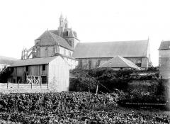 Eglise Saint-Jean de Montierneuf - Vue générale prise du nord