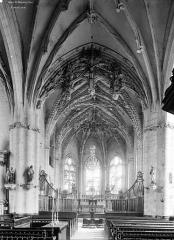 Eglise Sainte-Marie-Madeleine de Maignelay - Vue intérieure de la nef vers le choeur