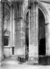 Eglise Saint-Ouen et Chambre des Clercs - Vue intérieure du bas-côté nord