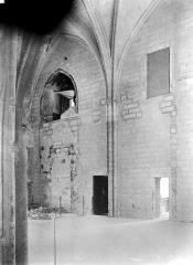 Palais des Papes - Sacristie de la tour Saint-Laurent : Vue intérieure côté sud