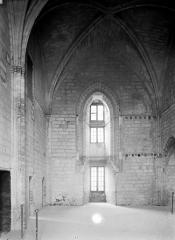 Palais des Papes - Sacristie de la tour Saint-Laurent : Vue intérieure côté ouest