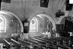 Eglise - Vue intérieure de la nef, côté nord : Grandes arcades