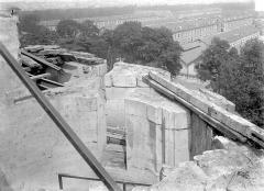 Château de Vincennes et ses abords - Pavillon de la Reine : Escalier