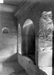 Château de Vincennes et ses abords - Donjon : Couloir du 1er étage