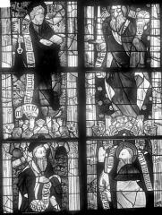 Cathédrale Saint-Julien - Vitrail du transept nord, baie 13, panneaux 1, 2, 9 et 10 : Saint Pierre, saint Paul, saint Barthélémy et saint Mathieu