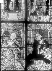 Cathédrale Saint-Julien - Vitrail du transept nord, baie 13, panneaux 19 et 20 : Louis d'Anjou gouverneur du Maine et Guillaume Fillastre cardinal originaire du Maine