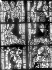 Cathédrale Saint-Julien - Vitrail du transept nord, baie 13, panneaux 5, 6, 13 et 14 : Saint Jean l'évangéliste, saint Thomas, saint Mathias et saint René (supposé) évêque d'Anjou