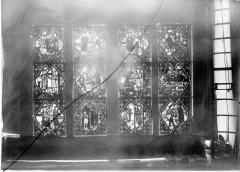 Cathédrale Notre-Dame - Chapelles du choeur, vitrail A