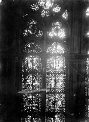 Cathédrale Notre-Dame - Chapelles du choeur, vitrail F
