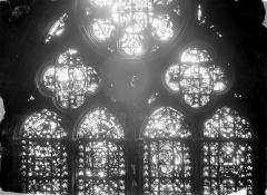 Cathédrale Notre-Dame - Chapelles du choeur, vitrail Q