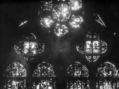 Cathédrale Notre-Dame - Chapelles du choeur, vitrail A'