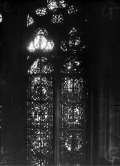 Cathédrale Notre-Dame - Chapelles du choeur, vitrail G'
