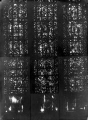 Cathédrale Notre-Dame - Chapelles du choeur, vitrail R'