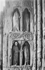 Cathédrale Notre-Dame - Revers du portail sud de la façade ouest : Statues, côté nord, 1e et 2e registres