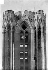 Cathédrale Notre-Dame - Tour nord, côté nord : Couronnement