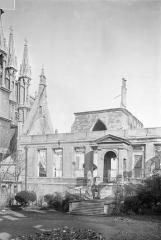 Ancien archevêché, actuellement Palais du Tau - Salle du Tau : Façade sur cour